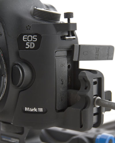 SmallHD HDMI cable clamp for Canon EOS 5D