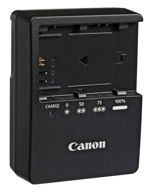 Canon LE-6 charger and 4 Battery Kit
