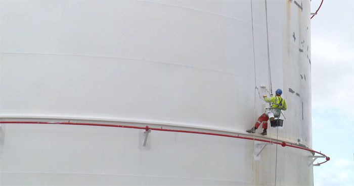 Painting a fuel tank at Greenergy Plumouth depot