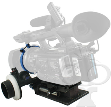 Camcorder focus pulling rig from Maniac Films